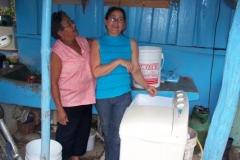 Uso de la electricidad para lavar la ropa en Angostura